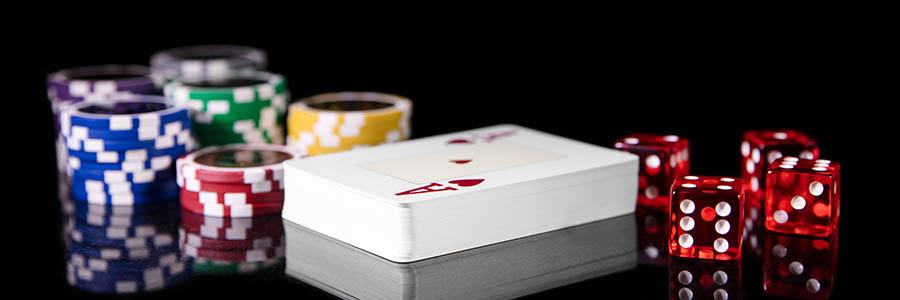 カードのカウントを行う攻略法もある