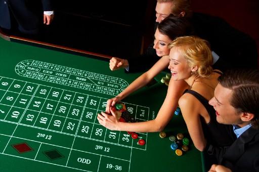 オンラインカジノはボーナスを使ってお得にたのしむべし